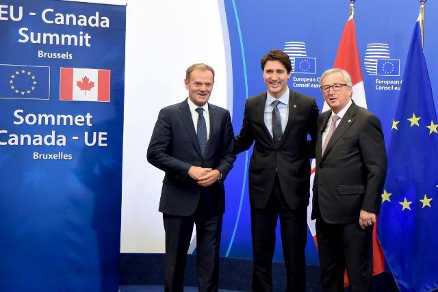 Jean-Claude Juncker, Justin Trudeau és Donald Tusk  Kép:EU