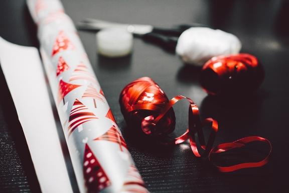 karácsonyi csomagolóanyagok