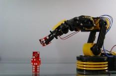 digitális munkaerő, elektrotechnika, képzett munkaerő, munkaerő hiány, robotizáció, szakemberhiány