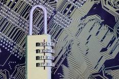 adatbiztonság, digitális átállás, európai unió, hekker, kiberbiztonság