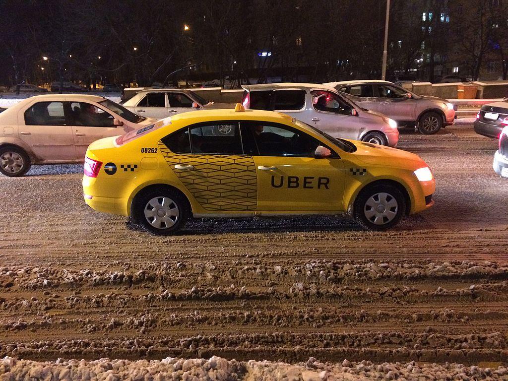 Uber taxi Moszkvában (fotó: wikipedia / hipsta.space