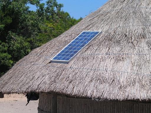 falusi házon napelem