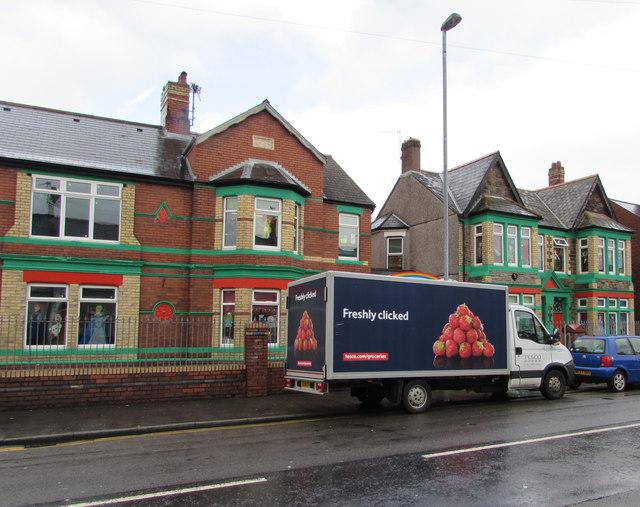 Tesco házhoz szállító teherautó