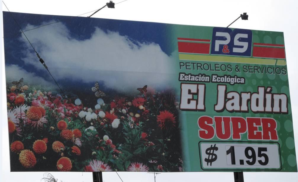 Piszkos olaj + externáliák - csinos reklám = illuzórikus renomé? (fotó: flickr/Loin des Yeux)