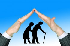 eltartási szerződés, gyógyszer, használt lakás, időgondozás, nyugdíj