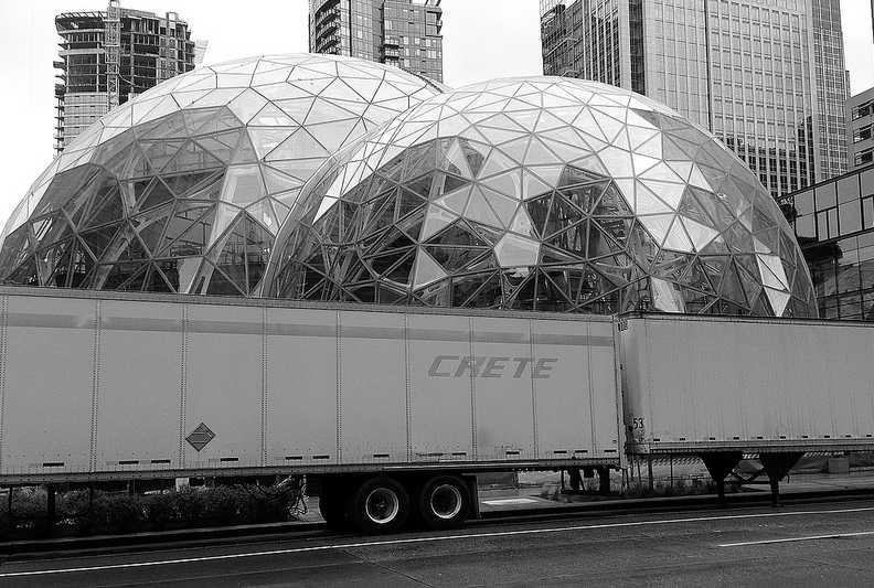 Épül az Amazon új irodája (fotó: Flickr/Mitchell Haindfield)