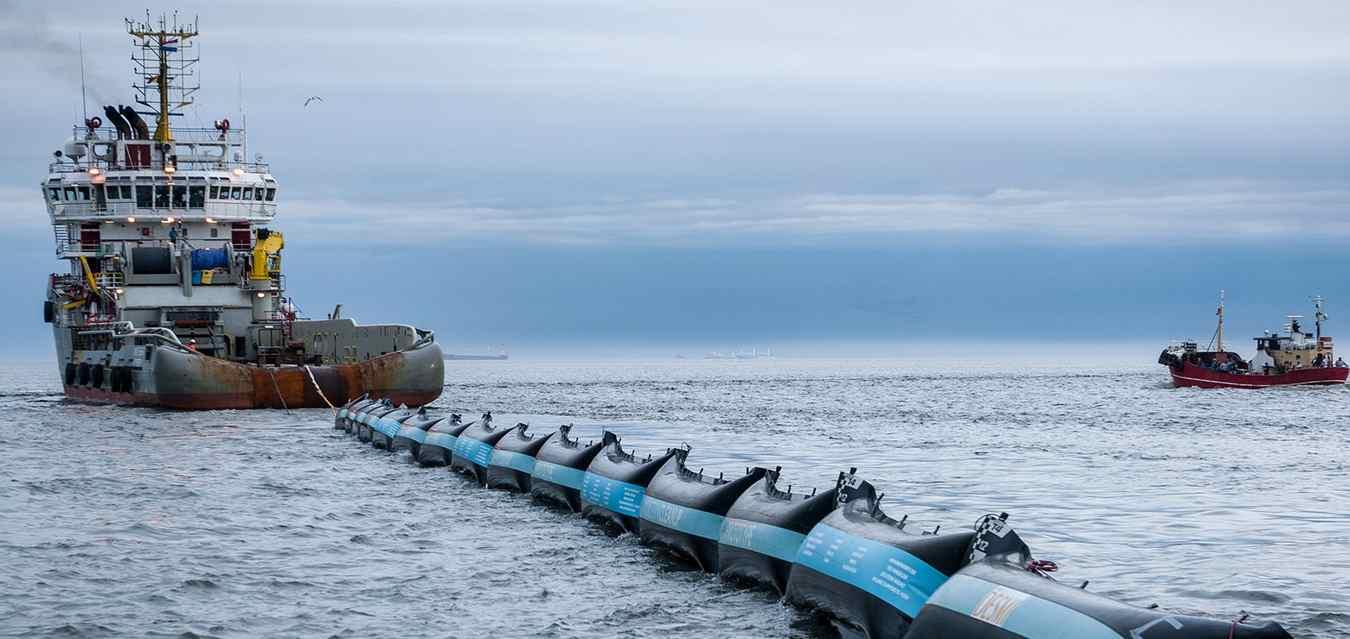 A gát másik prototípusa az északi-tengeren (fotó: theoceancleanup.com)