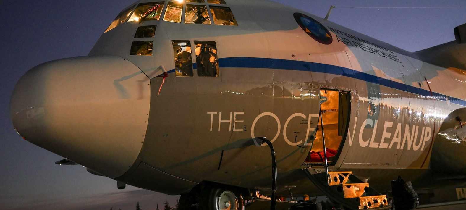 Ezzel a repülővel fotózta és derítette fel Boyan a gigantikus csendes-óceáni szemétszigetet (fotó: theoceancleanup.com)