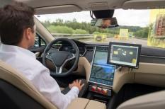 autó, hackertámadás, kibertámadás, okosautó, önvezető autó, személygépjármű