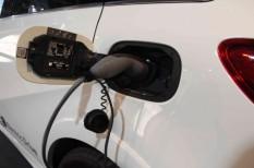 elektroautó, hálózat, környezetkímélő, távolság, töltő
