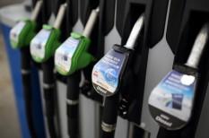 akkumulátor, autó, benzinkút, elektromos autó, gyorstöltő, jármű, közlekedés, olajcég, OMV, tesla, töltő, villanyautó