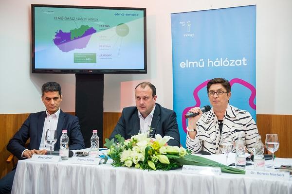 ELMŰ-ÉMÁSZ sajtótájékoztató Dr. Marie-Theres Thiell ELMŰ-ÉMÁSZ Társaságcsoport elnökkel. Fotó: Draskovics Ádám