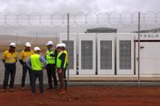 akkumulátor, ausztrália, musk, szélenergia, teljesítmény