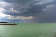 balaton, horgász, veszély, vihar, viharjelzés, vitorlázó