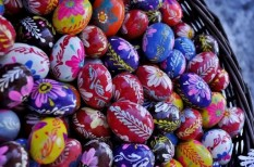 hamis parfüm, hent, húsvét, illatszer, locsolkodás