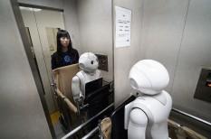 állás, biotechnológia, informatika, ipar 4.0, ipari robotok, jövőkutatás, negyedik ipari forradalom, robot, robotika, tudomány