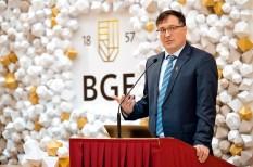 Budapesti Gazdasági Egyetem, felsőoktatás, kibergazdaság, kutatás