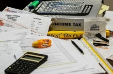 adminisztráció, adózás, munkaadó, munkavállaló, utazás