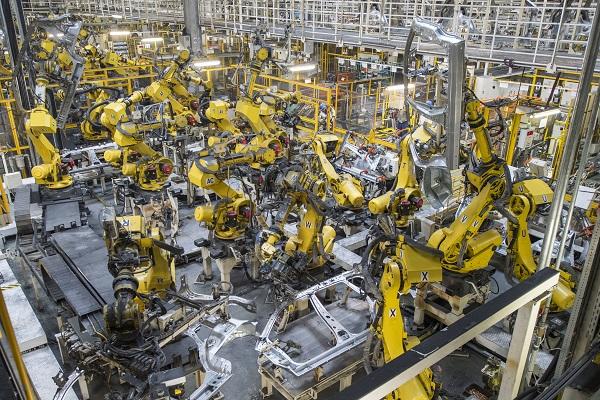 Okos lesz a gyár - Kép: Suzuki