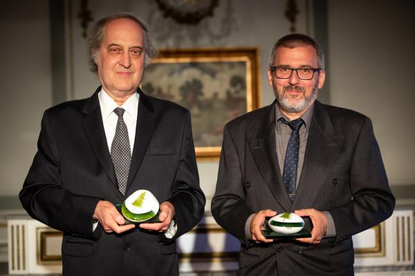 A két díjazott: Dr. Mizsey Péter és Weeber István