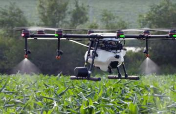 agro-drón, átalakulás, drón, előnyök, fejlesztés, innováció, munkagépek, szoftver