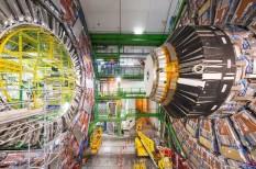 CERN, felhő, kutatás, LHC, tudomány