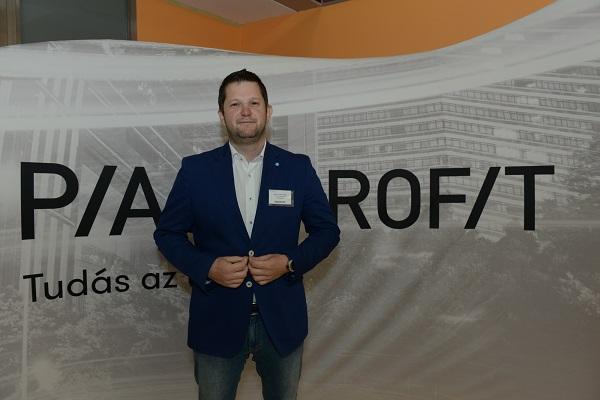 Kovács Viktor Zoltán