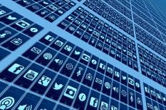 adatok, felhasználás, forráskód, internet