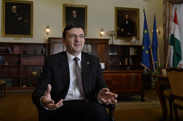 Domokos László: komoly gond, ha az intézméynek nem tudnak kijönni a keretből -Kép: PP, Fotó: Bánkuti András