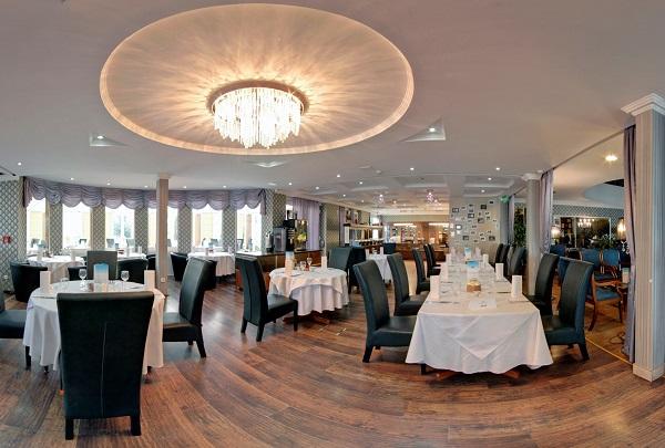 A Duna Relax Hotel étterme minden igényt kielégít