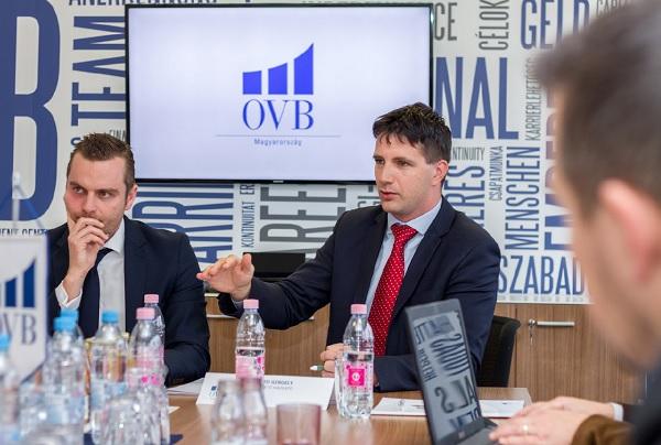 Papp Gergely (b) és Jánosi Tibor (j) ügyvezetők - Kép: OVB Magyarország