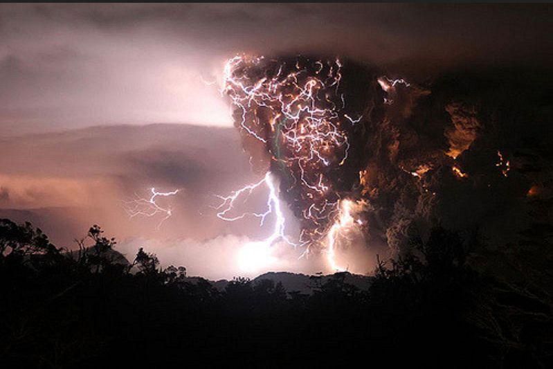 Vigyázat, robban! (Fotó: Flickr/bnpositive)