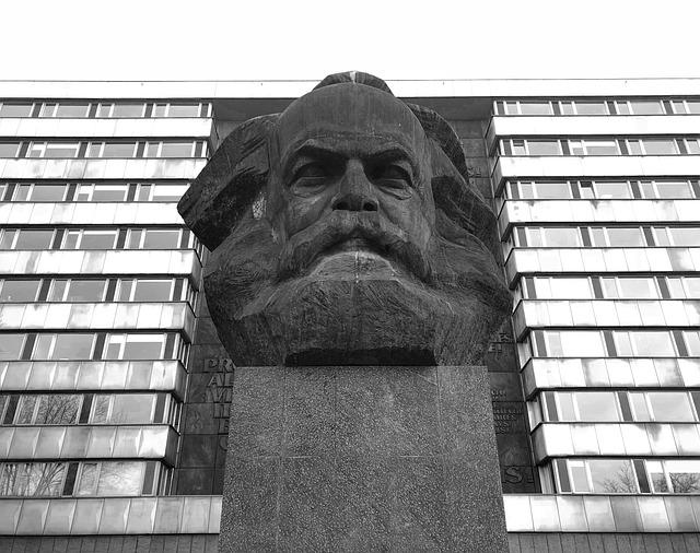 Mit szólna Marx? - Kép: Pixabay