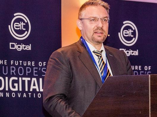 Jörg Bauer, a Tungsram csoport elnök-vezérigazgatója