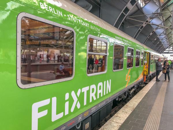 flixtrain.com