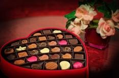 kiskereskedelem, online vásárlás, valentin-nap