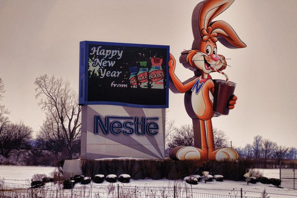 Boldog plasztikmentes új évet! (Fotó: Flickr/raymondclarkeimages)