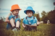 digitális, gyerekkor, könyv, olvasás, tippek