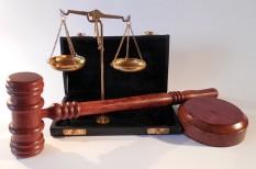 bíróság, jognyilatkozat, pótlás, szerződés