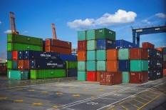 kereskedelem, lassulás, világgazdaság