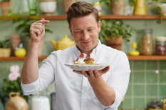 adósság, csőd, étterem, Jamie Oliver, okok