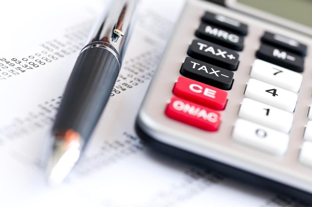 Kata-változások: mikor és ki fizeti a 40 százalékos adót? Fontos kérdéseket tisztáz a NAV