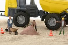 Változások az építőiparban: szerződésszegéstől félhetnek a cégek